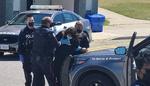 کینیڈا میں مسجد میں زبردستی داخل ہونے پر دو افراد کو گرفتار کرلیا گیا