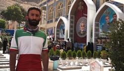 شیراز کے ایک سائیکل سوار کی عوام کو انتخابات میں شرکت کی دعوت