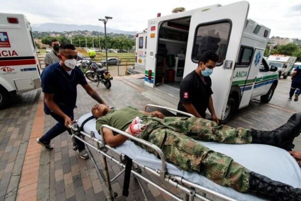 36 people injured in a car bomb blast in Colombia