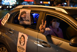 Ending hours of presidential election campaigns in Tehran