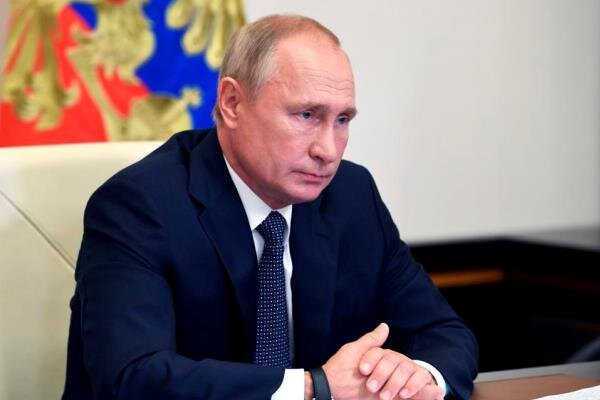 Rusya lideri Putin karantinaya girdi