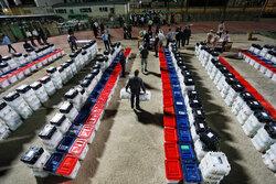 ہمدان میں بیلٹ بکسوں کی تقسیم