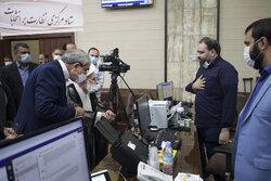 آیتالله جنتی از ستاد مرکزی نظارت بر انتخابات بازدید کرد