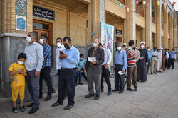 Iranians cast votes in Presidential election (2)