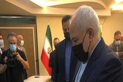 Zarif İran cumhurbaşkanlığı seçimlerine Antalya'da katıldı