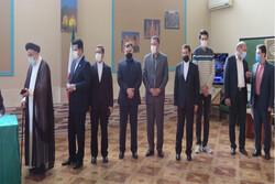 Azerbaycan'da yaşayan İranlı vatandaşlar sandık başında