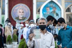 کرمان میں مرد میداں کے جوار میں ووٹنگ کا سلسلہ جاری