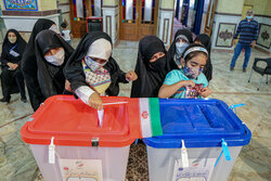 انتخابات در سراسر آذربایجان شرقی تا ساعت ۲۴ تمدید شد