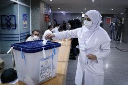 حال و هوای شعب اخذ رای در زنجان