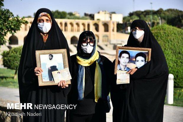 روز جمعه بیدار بودیم تا ایران را مانند حاج قاسم از ما نگیرند