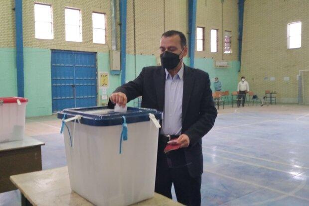 انتخابات در ۹۱ شعبه اخذ رای شهرستان گناوه در حال برگزاری است
