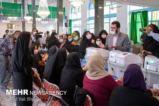 حضور مردم در انتخابات نشانه دلبستگی به نظام اسلامی است