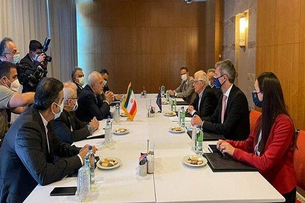 Zarif, Borrell hold talks in Antalya