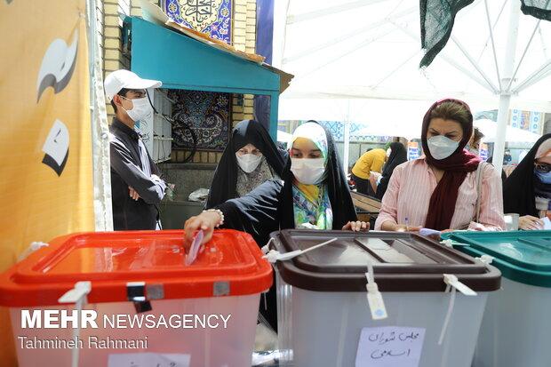 حضور پرشور زنجانی ها در انتخابات ۲۸ خرداد
