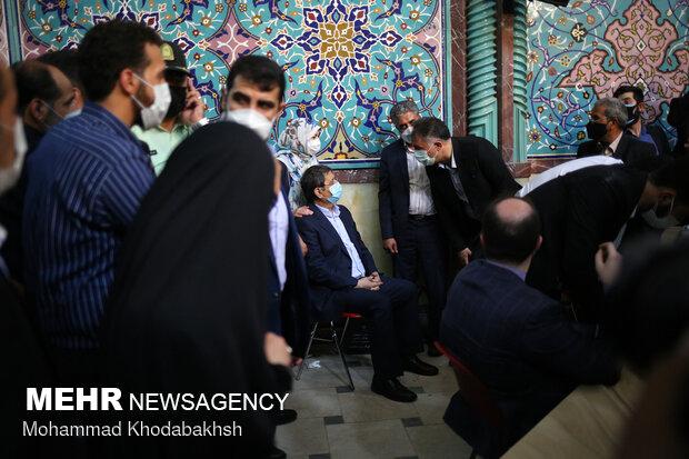 حضور عبدالناصر همتی در انتخابات ۱۴۰۰