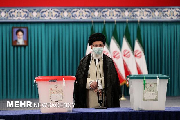 حضور رهبر معظم انقلاب در انتخابات ۱۴۰۰