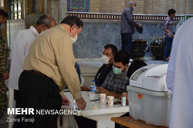 حال و هوای شعب اخذ رای در کرمانشاه