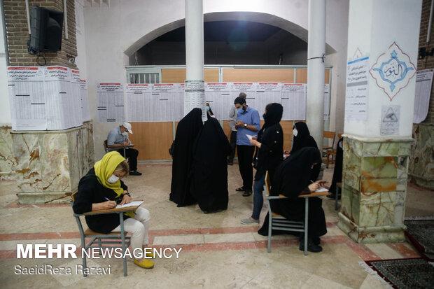 ساعات پایانی اخذ رای - محله هفت چنار