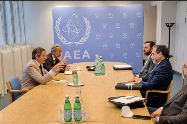 عراقجي وغروسي يتباحثان حول احدث التطورات في إحياء الاتفاق النووي