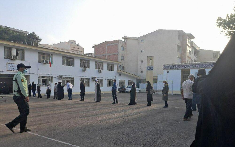 مشق همدلی درآغازین ساعات انتخابات۱۴۰۰/شکوه حماسه در گلستان آغازشد