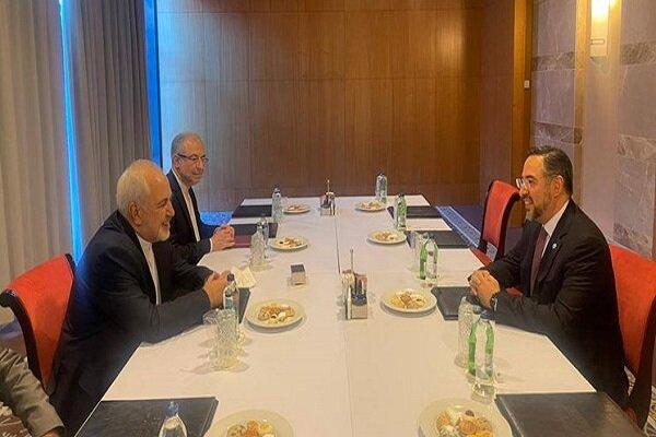 FM Zarif emphasizes holding intra-Afghan talks