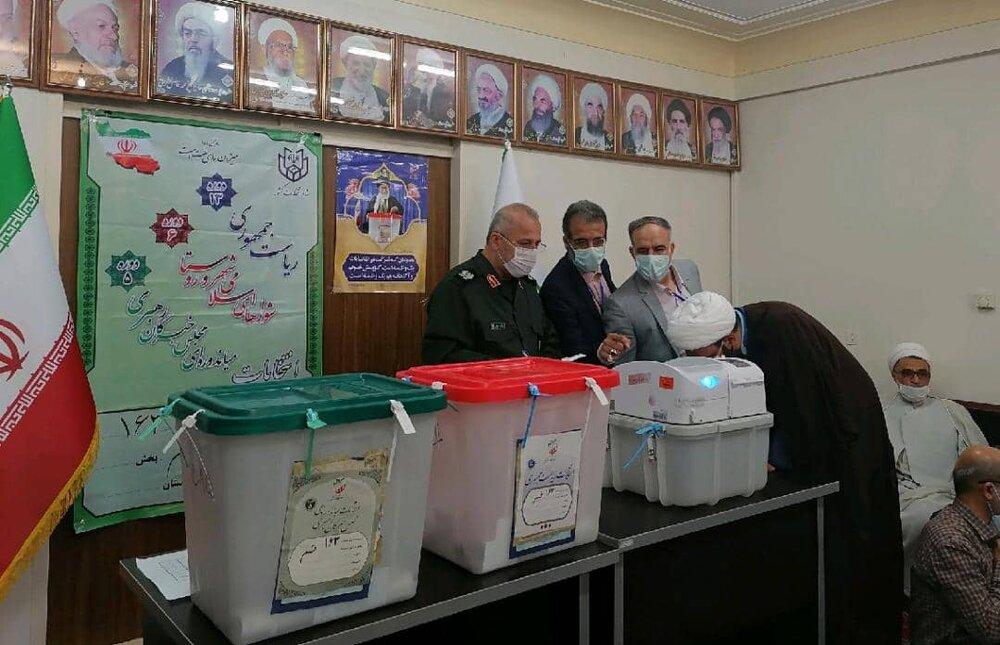 شرکت علما و اساتید قم در انتخابات