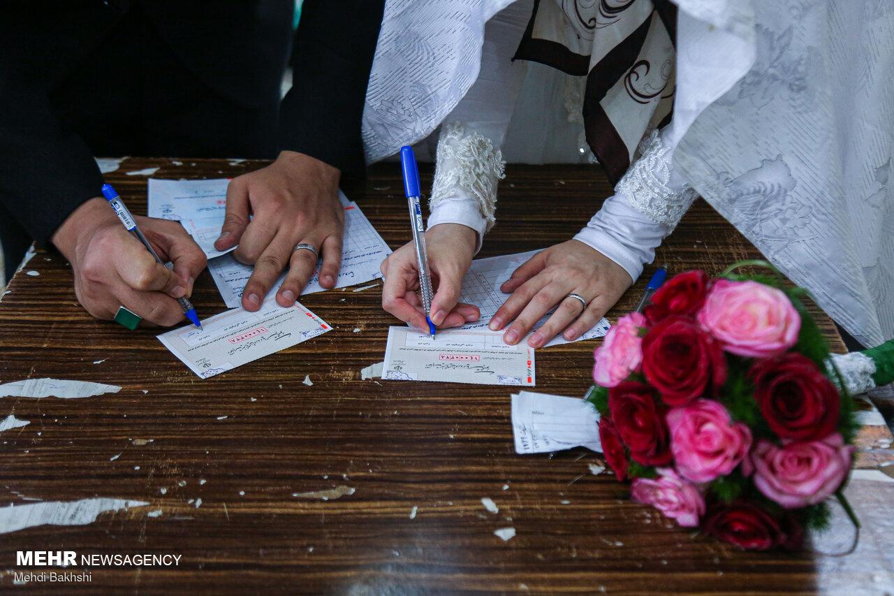 مشارکت ۱۰۰ سالهها/ نوستالژی عروس و دامادها/حضور با عصا و ویلچر!