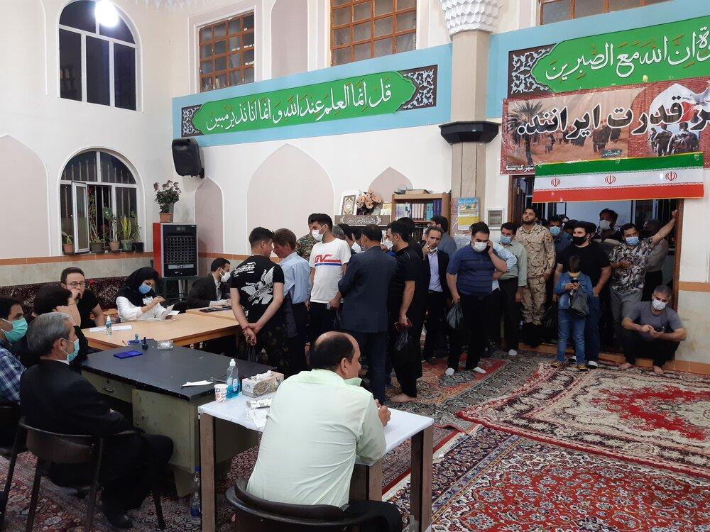 حضور پرشور مردم اردبیل در ساعات پایانی روز جمعه