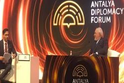 FM Zarif delivers speech in Turkey-hosted forum
