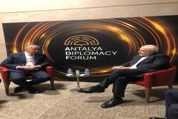 Zarif, Antalya'da Tacik mevkidaşı ile görüştü
