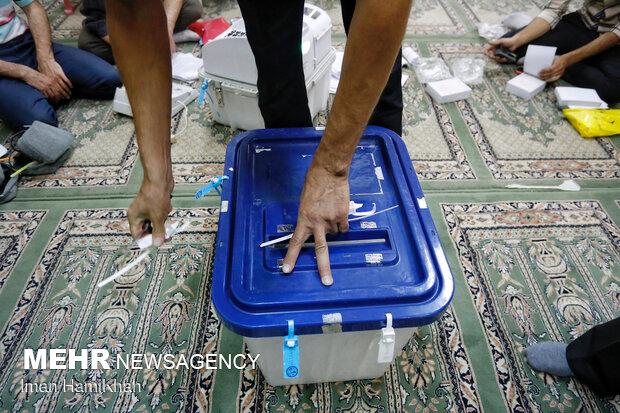 آغاز شمارش آرای انتخاباتی در همدان