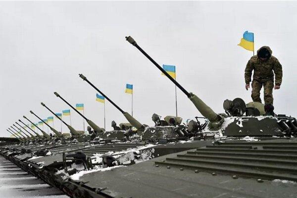 کاخ سفید تعلیق کمک نظامی به اوکراین را تکذیب کرد