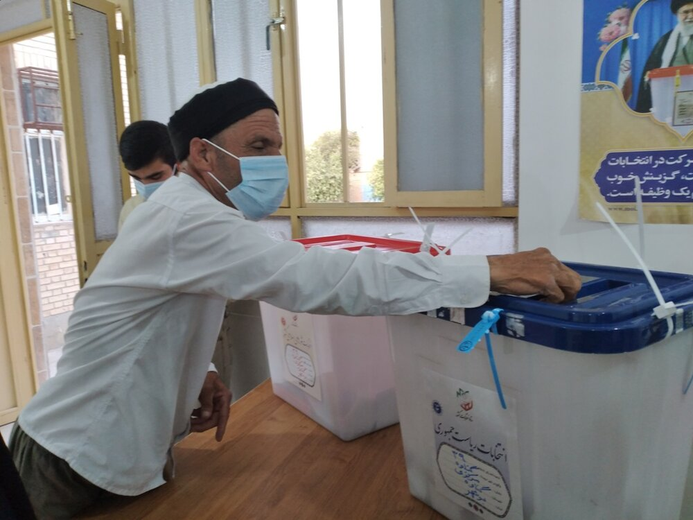 دریادلان گناوهای با حضور در انتخابات حماسهای دیگر خلق کردند