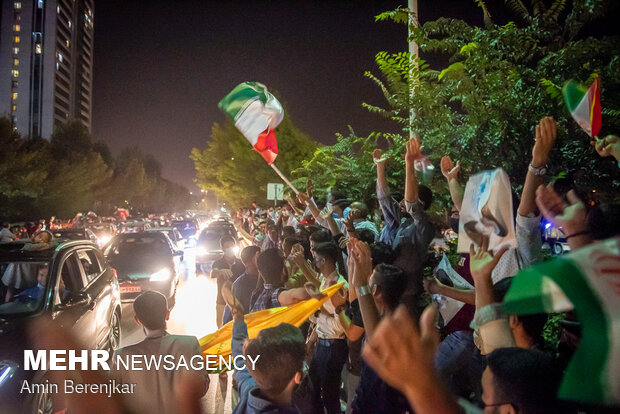 People in Shiraz, Tabriz celebrate Raeisi's victory