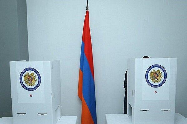 Ermeniler parlamento seçimi için sandığa gitti