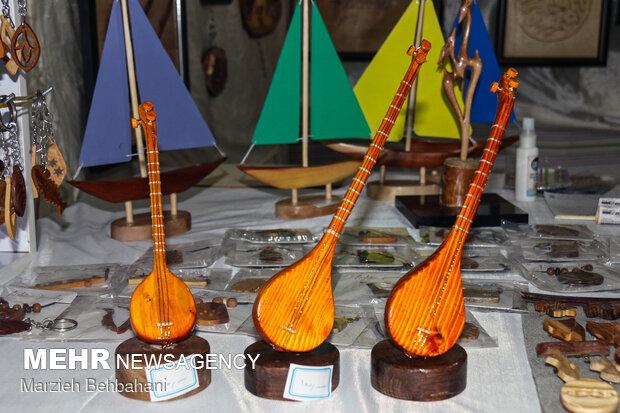İran'da turizm ve el sanatları sergisi