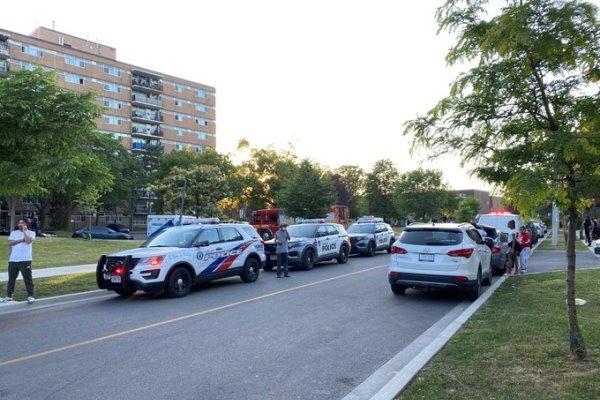تیراندازی در تورنتو کانادا/ ۵ نفر از جمله سه کودک زخمی شدند