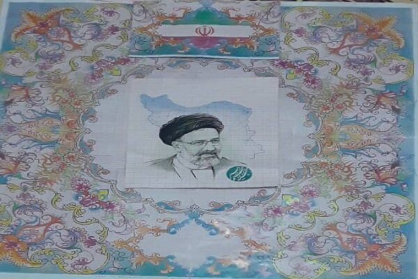 بافت تابلو فرش رئیس جمهور منتخب توسط هنرمند خویی
