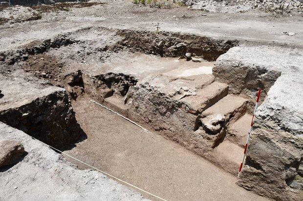 یافته ها از گورهای گورستان نویافته عصرآهن ۲ و ۳ قره تپه سگزآباد
