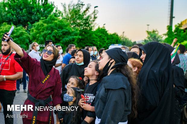شادی هواداران آیت الله سید ابراهیم رئیسی در کرج