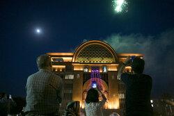 مراسم نور افشانی به مناسبت ولادت امام رضا (ع)در تبریز