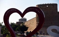 هتلی که آسمان میراث ملی شیراز را زشت کرد؛ ۲۰ ساله شد!