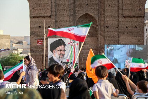 جشن حامیان حجتالاسلام رئیسی در سنگ فرش مصلی تبریز