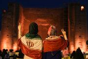Tebriz'de Reisi'nin zaferi kutlandı