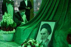سید ابراہیم رئیسی کا رہبر کبیر انقلاب اسلامی کے مزار پر تجدید عہد