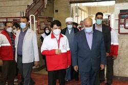 مراسم توزیع ۱۰۰۰ بسته معیشتی میان نیازمندان کرمانشاهی برگزار شد