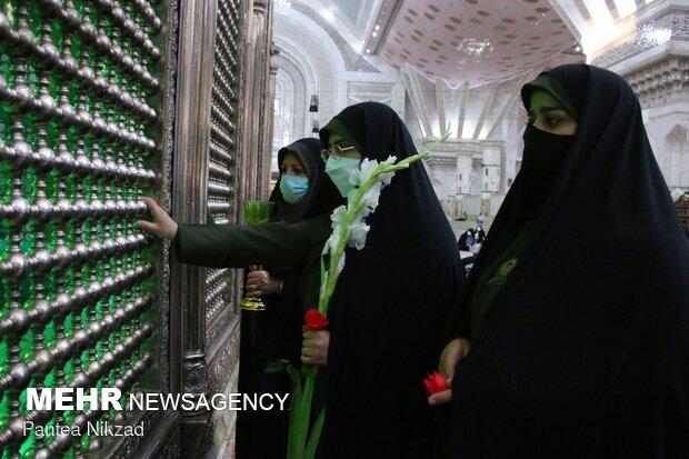 برگزاری مراسم خطبه خوانی خادمیاران رضوی در مرقد مطهر امام خمینی(ره)