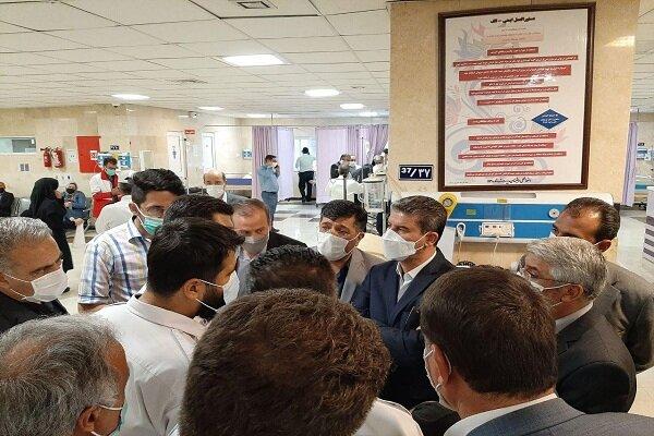 استاندار آذربایجان غربی از خبرنگاران مصدوم در نقده عیادت کرد