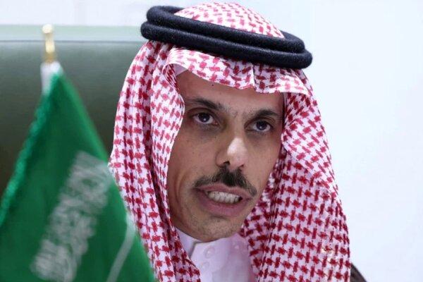 دیدار وزیر خارجه خارجه عربستان سعودی با پادشاه اردن