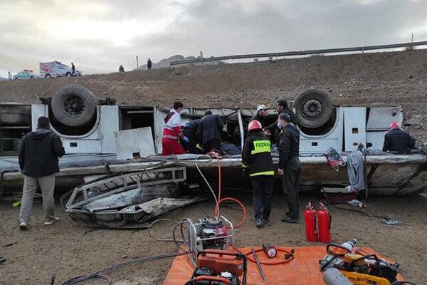 لزوم برخورد قضایی با مسببان حادثه واژگونی اتوبوس خبرنگاران